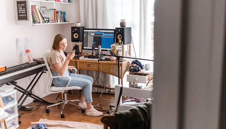 Czy potrzebujesz paneli akustycznych w mieszkaniu?